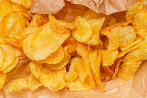 crisps vs dried fruit